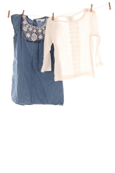 Kleid und Shirt