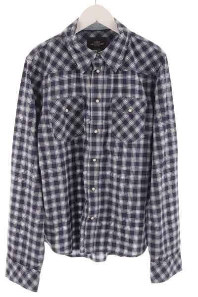 Hemd mit Druckknöpfen