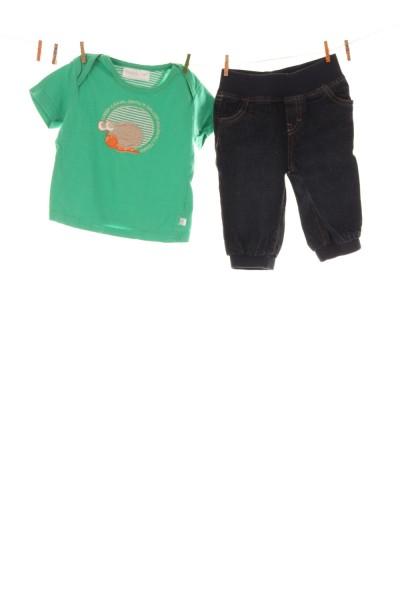 Jeans und T-Shirt