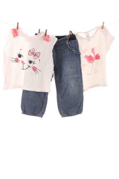 T-Shirts und Jeans