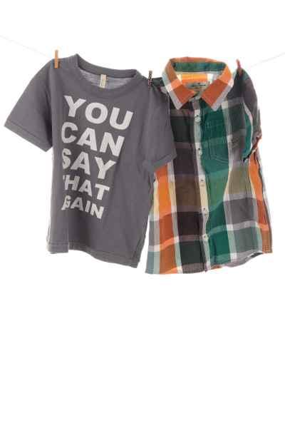 Hemd und T-Shirt