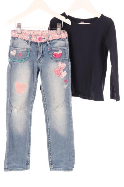 Kinder Langarmshirt und Jeans