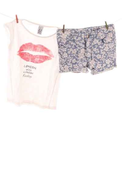 T-Shirt und Shorts