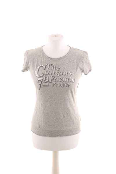 T-Shirt mit Front Print