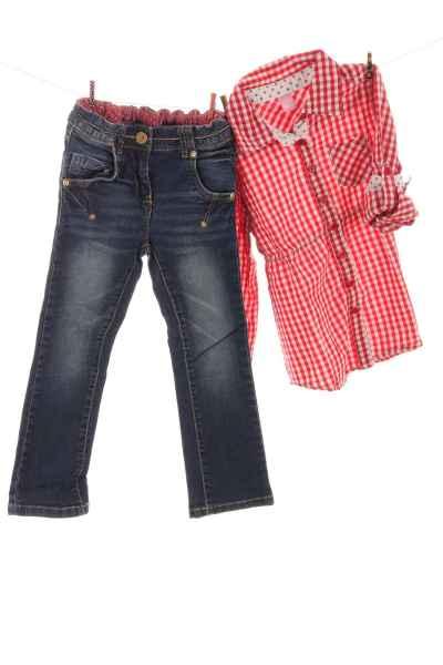 Jeans und Longbluse