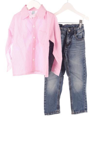 Kinder Hemd und Jeans