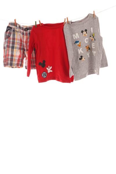 Langarmshirts und Hose