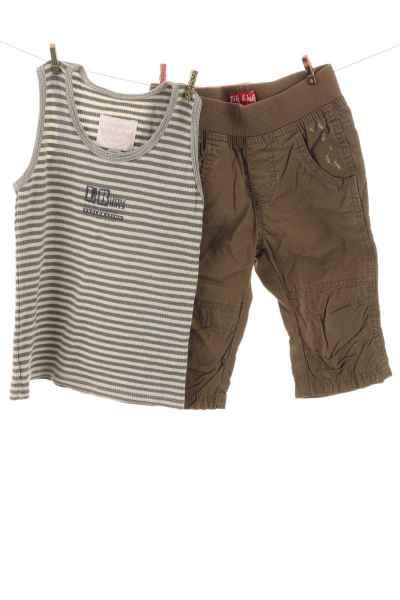 Unterhemd und Hose