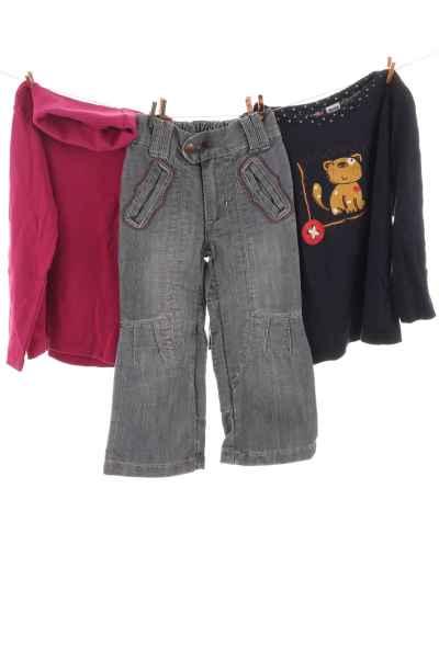 Rolli, Langarmshirt und Jeans
