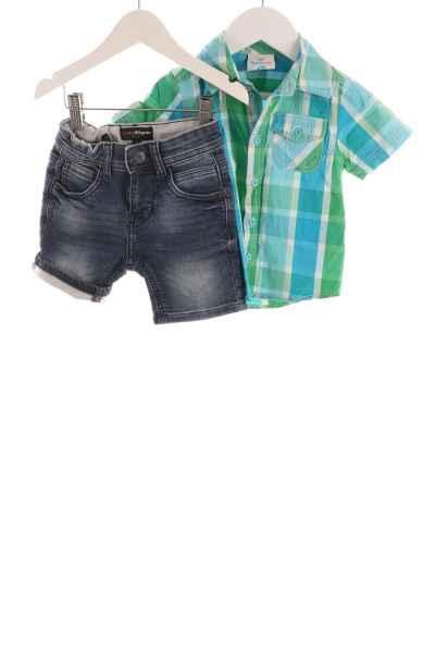 Kinder Jeans-Shorts und Hemd