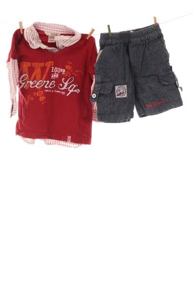 Hemdshirt und Shorts