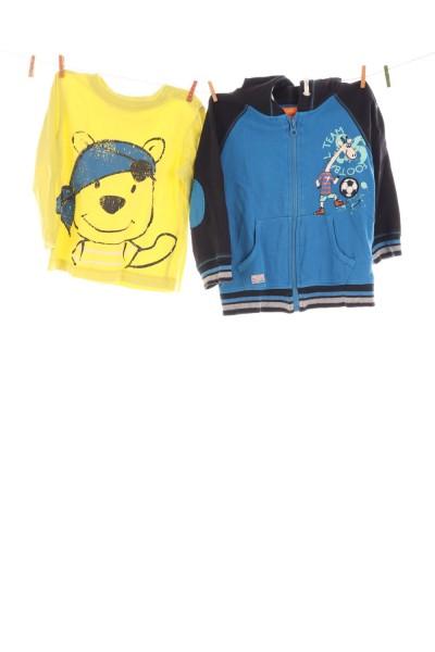 Shirt und Hoodie