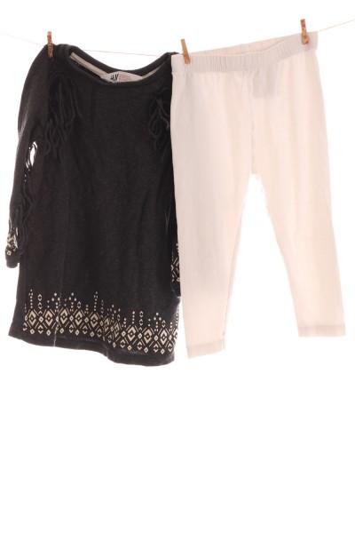 Kleid und Leggings