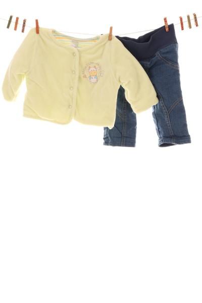 Jacke und Jeans