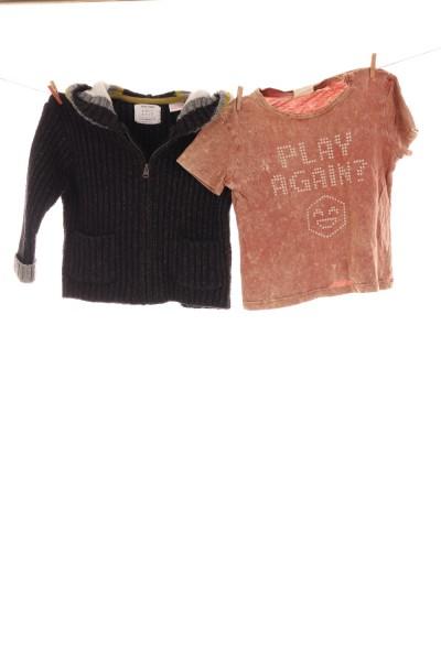 T-Shirt und Strickjacke
